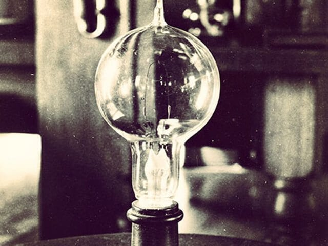 What the Internet can learn from the light bulb