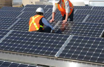 As U.S. looks to coal, Canada sets sights on renewables